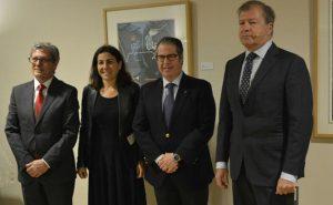 Manuel Bellido de Informaria, junto a María Jesús Almazor de Telefónica, Gregorio Serrano de la Dirección General de Tráfico y Adolfo Borrero